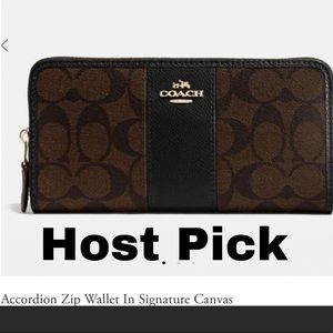 Coach Accordion zip wallet